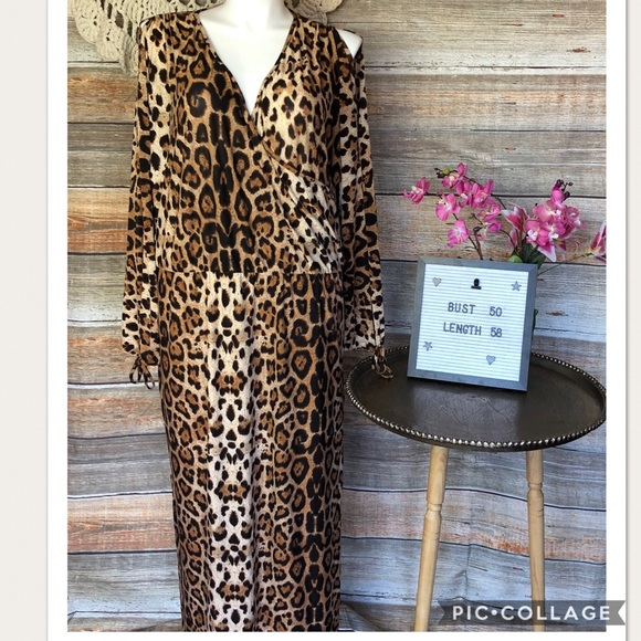 Hot 🔥 in Hollywood Plus Size Leopard Dress